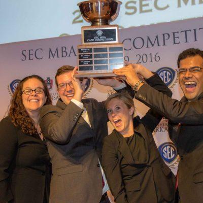 The University of Alabama celebrates winning the 2016 SEC MBA Case Competition.