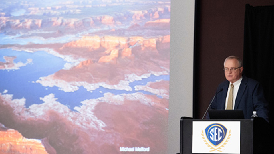 Longtime National Geographic Editor Illustrates Water Trends and Challenges